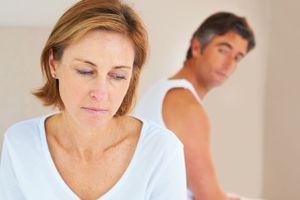 Chồng 70 tuổi 'chịu trận' khi vợ 60 tuổi 'hồi xuân' trước