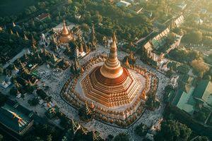 Ngắm nhìn khung cảnh huyền ảo của những ngôi đền Phật giáo Myanmar từ trên cao