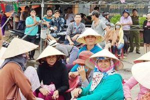 Đà Nẵng: Người dân lại bao vây nhà máy thép