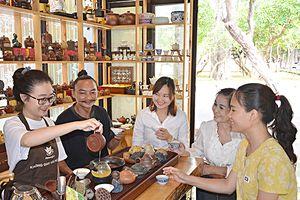 Lắng đọng không gian văn hóa trà
