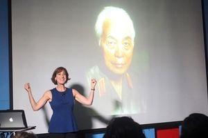 Nghệ sĩ Mỹ chia sẻ về nhiếp ảnh qua những bức hình chụp Đại tướng Võ Nguyễn Giáp