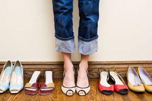 Cách kết hợp màu sắc quần với giày dép hoàn hảo