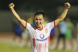 Đánh bại Hà Nội B ở loạt luân lưu, CLB Nam Định giành vé trụ hạng