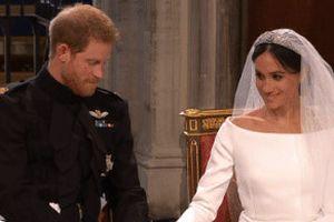 Những khoảnh khắc đáng yêu của vợ chồng Hoàng tử Harry trong đám cưới