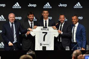 Juventus đối mặt với khủng hoảng tài chính vì vụ hiếp dâm của Cristiano Ronaldo