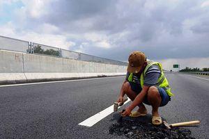 Hư hỏng trên cao tốc Đà Nẵng - Quảng Ngãi: Không thể chấp nhận kiểu vá đường thủ công