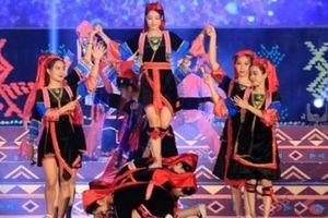 Đa sắc màu đêm hội văn hóa các dân tộc vùng Đông Bắc