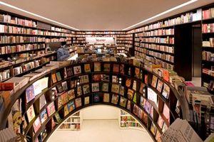Khám phá 'thư viện ảo ảnh' với những hàng sách dài bất tận