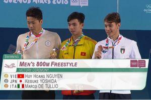 Kình ngư Huy Hoàng giành huy chương vàng 800m tự do tại Olympic trẻ 2018