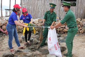 Đoàn Thanh niên BĐBP được tặng bằng khen trong thực hiện Chiến dịch 'Hãy làm sạch biển'