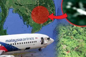 Tìm thấy buồng lái và đuôi của MH370 trong rừng rậm Campuchia?