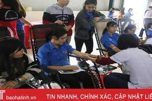 'Ngày hội tình nguyện 2018' tại Đại học Hà Tĩnh thu về 221 đơn vị máu