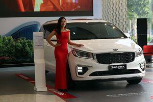 Cận cảnh mẫu Kia Sedona 2018 giá 1,129 tỷ đồng vừa ra mắt tại thị trường Việt Nam