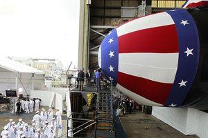Cảnh vận hành ngư lôi trong tàu ngầm 'chết chóc' nhất của Mỹ
