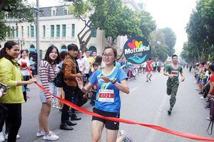 Nữ chủ nhân trẻ trung của giải nhất Happy Run