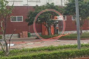 Quảng Ninh: Phát hiện 2 kg các thỏi nghi là thuốc nổ trong cây ATM tại TP Uông Bí