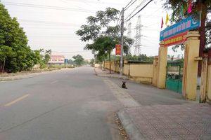 10 kẻ mang súng và kiếm tấn công 2 tài xế trong đêm ở làng quê Hà Nội