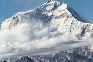 Chinh phục đỉnh Gurja (Nepal), 9 người leo núi thiệt mạng vì bão tuyết