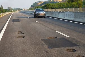 Cao tốc Đà Nẵng – Quảng Ngãi: Con đường 'vỡ mặt' hay 'chiếc áo vá' trị giá 34.000 tỷ?
