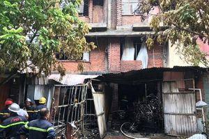 Cháy xưởng làm ghế sofa, 1 người đàn ông tử vong