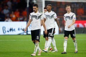ĐT Đức thua Hà Lan 0-3: HLV Loew khó bào chữa sau thất bại