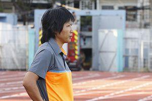 HLV đội nữ TPHCM lên tiếng xin lỗi sau màn loạn đả trên sân Thống Nhất