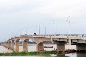 Cầu Văn Lang đánh thức những tiềm năng
