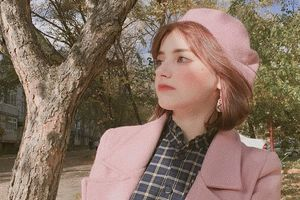 Hot girl Nga 10X được khen xinh như búp bê sống gây sốt MXH