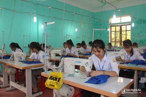 Mỗi năm, Nghệ An giải quyết việc làm mới cho hơn 37.000 lao động