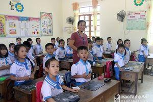 Nghệ An 'loay hoay' thực hiện chủ trương dạy 2 buổi/ngày ở bậc tiểu học