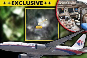 Xuất hiện hình ảnh nghi là mũi và đuôi máy bay MH370 trong rừng rậm Campuchia