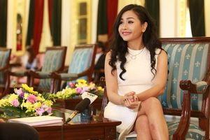 Giới CEO đánh giá cao sách 'Competing With Giants' của doanh nhân Trần Uyên Phương