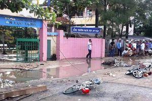 Long An: Đường dây điện bị đứt, 6 học sinh bị thương vong