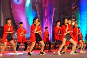 Sôi động Liên hoan các nhóm nhảy và khiêu vũ thể thao huyện Tiên Yên