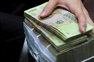 Tạm giam đối tượng lừa đảo chiếm đoạt tài sản