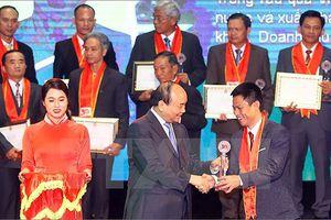 Tôn vinh 63 nông dân xuất sắc năm 2018