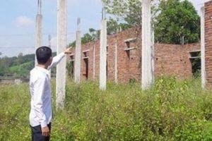 Nghệ An: Trường tiền tỷ dở dang, bị bỏ hoang ở huyện Yên Thành