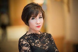 Ca sĩ Mỹ Linh xem xét khởi kiện người bôi nhọ vì lên tiếng ủng hộ nhà hát 1.500 tỷ