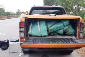 Quảng Bình: Bắt giữ một đối tượng người Lào vân chuyển hơn 300 kg ma túy đá