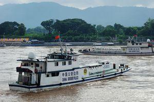Pháo hạm Trung Quốc trên sông Mê Kông