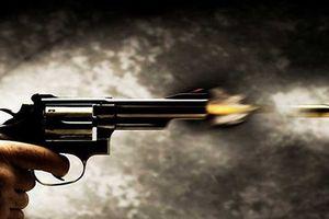 Thông tin thêm về nghi phạm nổ súng bắn vợ ở khu chung cư VOV