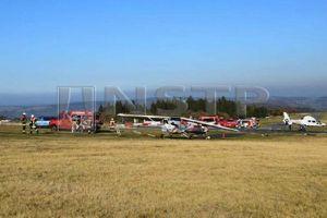 Máy bay rơi ở Đức, 3 người chết; Xe lao xuống sông ở Thổ, 20 tử vong