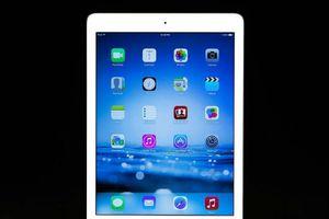 Phạt nhân viên hàng không 7,5 triệu đồng vì 'cầm nhầm' iPad