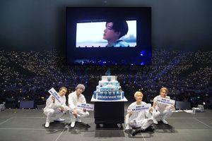 Chiếu VCR của iKON trong concert WINNER, YG nhận 'mưa-gạch-đá' thậm chí cả hashtag: 'Hãy xin lỗi đi!'