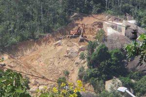 Bình Định: Phía Đông núi Hòn Chà vẫn bị các doanh nghiệp khai thác đá trái phép