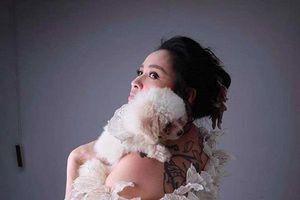 Thanh Lam lần đầu để lộ hình xăm bí ẩn khủng khiếp trên lưng