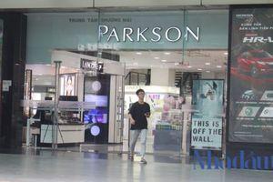 Tọa lạc tại 'đất vàng', vì sao Parkson không 'phất' nổi tại Việt Nam?
