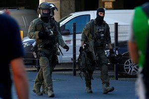 Giải cứu thành công con tin bị bắt cóc tại nhà ga trung tâm Cologne