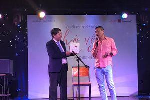 Nghệ sĩ guitar Vũ Đức Hiển ra mắt sách nhạc 'Nhớ về vũ công'