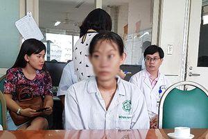 Thai phụ 18 tuổi phải đối mặt lựa chọn sinh tử 'cứu mẹ hoặc cứu con' vì... chủ quan